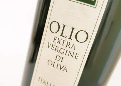 olio-EXTRAVERGINE-D-OLIVA-LE-CIMATE